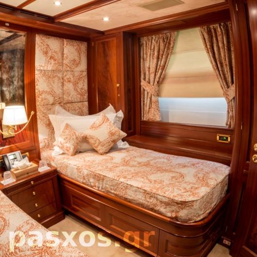 Κουρτίνες, ρόμαν, καλύμματα, επενδύσεις σε σκάφος (κρεβατοκάμαρα)