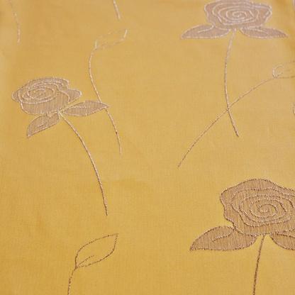 Κίτρινο Ύφασμα με Ασημένια Τριαντάφυλλα