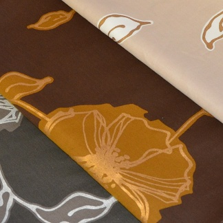 Βαμβακοσατέν Ύφασμα με Μοντέρνο Floral Print σε Τρία Χρώματα