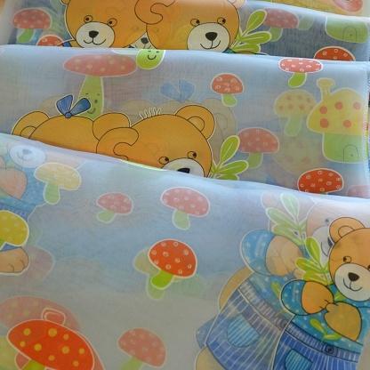 Ανάλαφρη, Ημιδιάφανη Θαλασσί Οργαντίνα με Αρκουδάκια για το Παιδικό Δωμάτιο